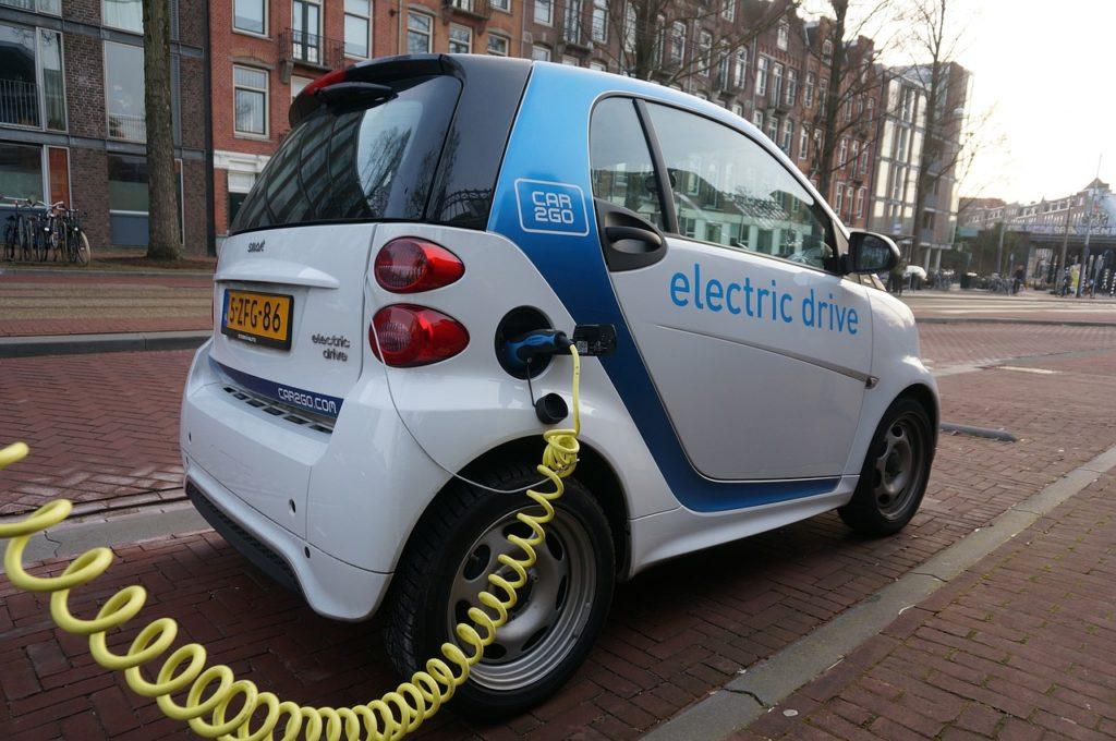Piaci átrendeződés az elektromos autó javára